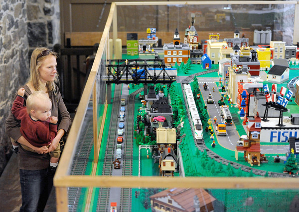 This story is focused on the new Lego layout, which is at the station for the first time. It was done by the Washington Metropolitan